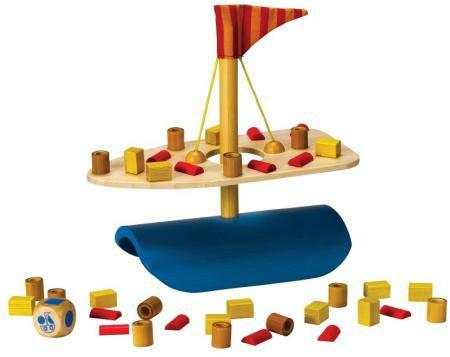 Hape Bamboo Balancing Boat Cagola