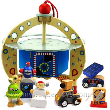 Wooden Spaceship Alien Playset